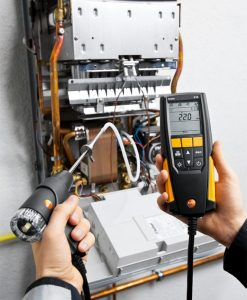 testo-310-Entry-Level-Flue-Gas-Analyser-machine-industry-3_pdpz